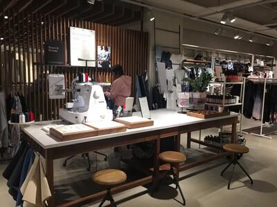 H&M Hammersmith Concept Store - Personalisation
