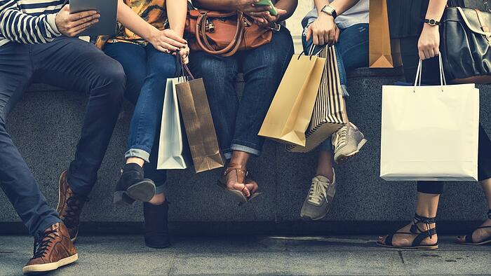 YOOBIC 2019 Retail Predictions